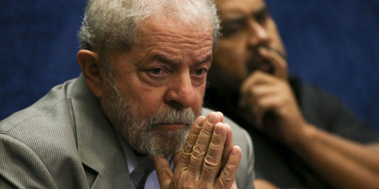 """Decisão do STJ dá """"sinal verde"""" para que a prisão de Lula seja expedida pelo TRF-4, avalia professor e mestre em Direito Penal"""