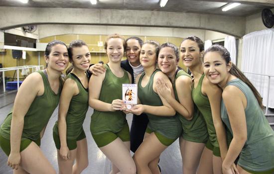 Bailarinas de Santo André participam de Festival de Dança