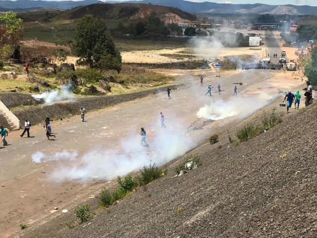 Crise na Venezuela: Itamaraty prepara ajuda para retirar brasileiros do país, mas maioria rejeita auxílio