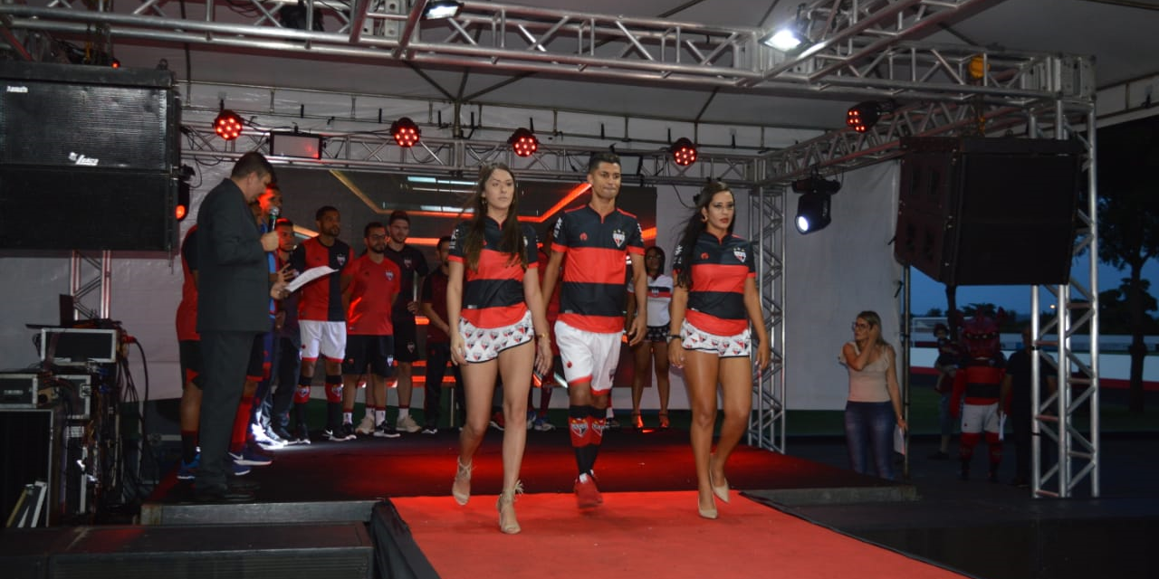 Com marca própria, Atlético-GO lança nova linha de uniformes