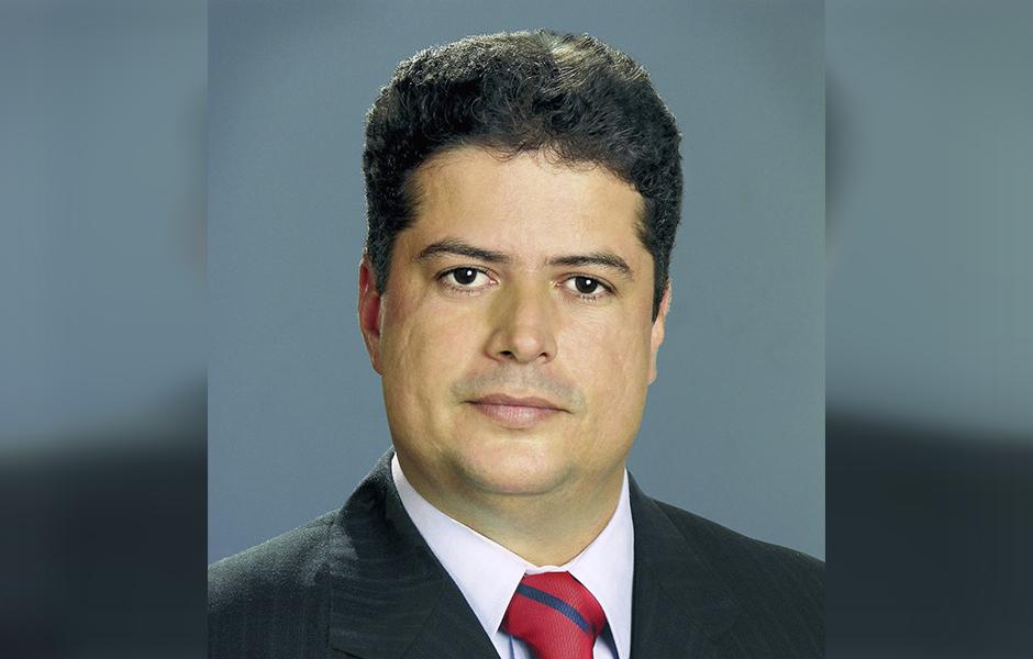 Prefeito de Inhumas se afasta do cargo para trabalhar com Vanderlan Cardoso
