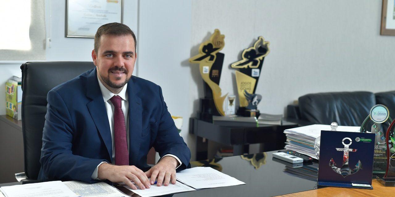 Gustavo Mendanha participa de congresso de inovação em Curitiba