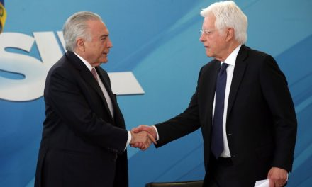 Força-tarefa da Lava Jato prende ex-presidente Michel  e faz buscas por Moreira Franco
