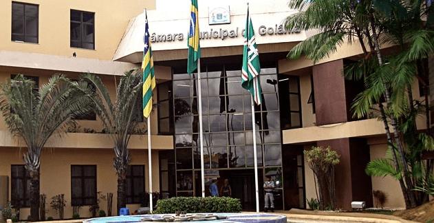 CCJ aprova projeto que aumenta salário de prefeito, secretários e vereadores da capital