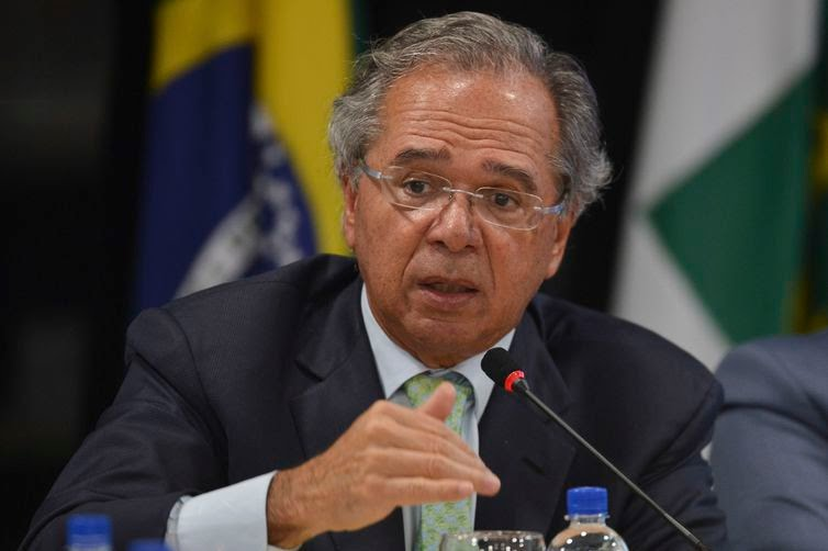 Paulo Guedes vai à Câmara para debater reforma da Previdência