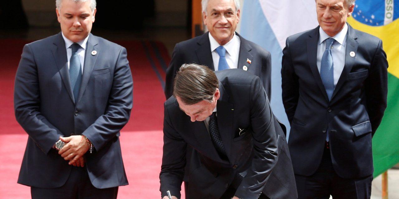 Líderes sul-americanos assinam documento para criação do Prosul