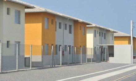 Governo libera R$ 800 milhões para evitar paralisação de obras do Minha Casa