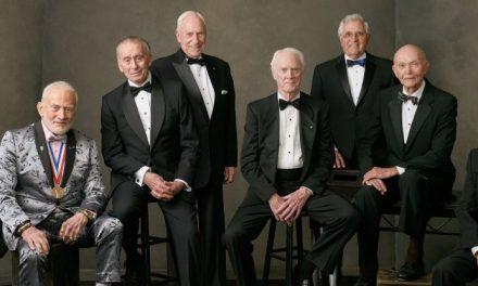Astronautas se reúnem para comemorar os 50 anos da chegada à Lua