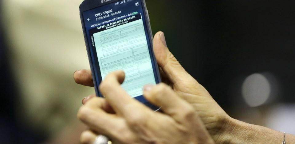 CRLV digital: app substitui documento de papel; saiba como usar