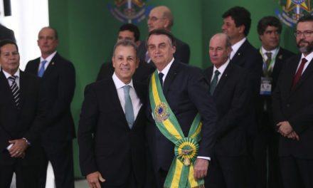 Bolsonaro diz que horário de verão deve acabar neste ano