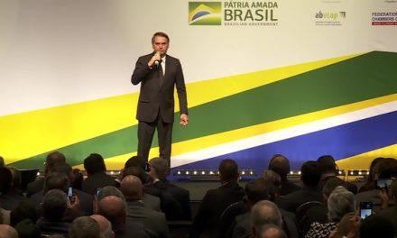 'Relacionamento veio para ficar', diz Bolsonaro sobre escritório comercial do Brasil em Jerusalém