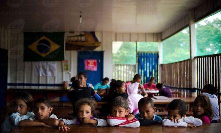 Parlamentares criam Frente da Educação; prioridade é financiamento