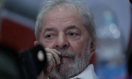Lula presta depoimento sobre inquéritos que tramitam na Justiça Federal do Paraná