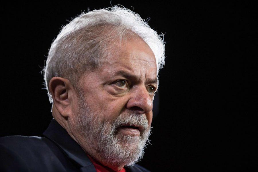 Sítio de Atibaia: Juiz dá oito dias para defesa de Lula se manifestar