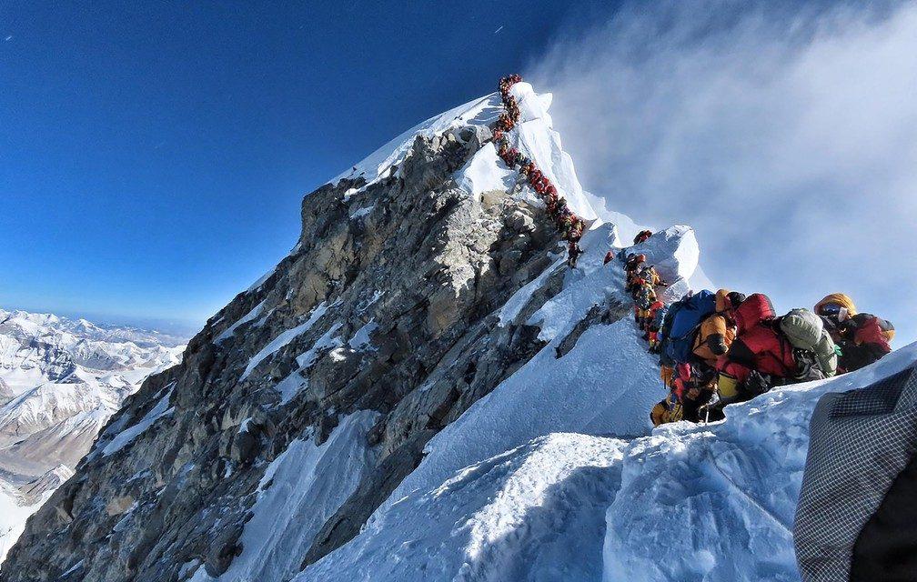 Mais dois alpinistas morrem no Everest