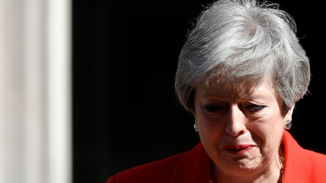 Primeira-ministra britânica anuncia renúncia