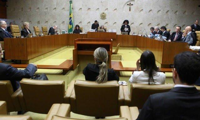 Maioria no STF vota pela criminalização da homofobia