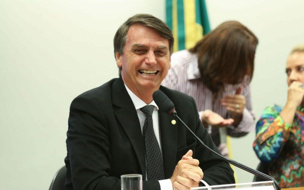 Alego aprova título de cidadão goiano a presidente Jair Bolsonaro em 1ª votação