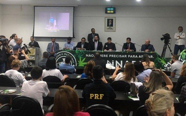 Audiência pública discute PL que regulamenta uso de maconha para fins medicinais em Goiás