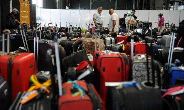 Bolsonaro: tendência do governo é vetar franquia de bagagem