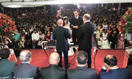 Casamento comunitário oficializa a união de 200 casais em Aparecida de Goiânia