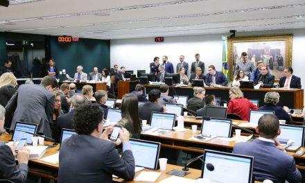 Relator da reforma tributária apresenta parecer favorável na CCJ