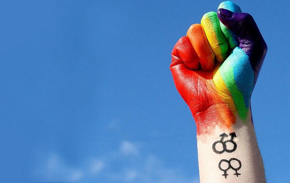 CCJ do Senado aprova em 1º turno projeto que criminaliza homofobia