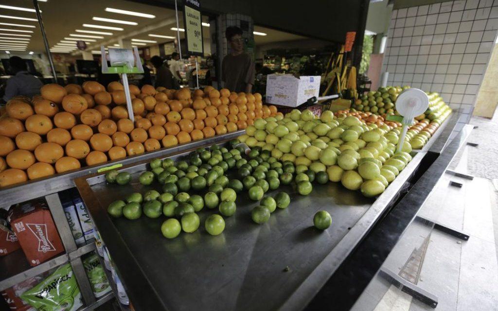 UFG cria técnica que identifica uso de agrotóxicos em frutas