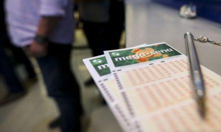 É melhor jogar na loteria quando prêmio está acumulado, diz professora