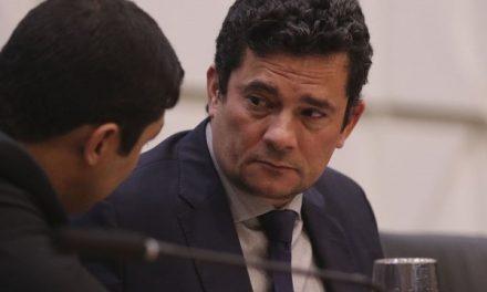 'Lamento o ocorrido', diz Moro sobre mudança do Coaf para o Ministério da Economia