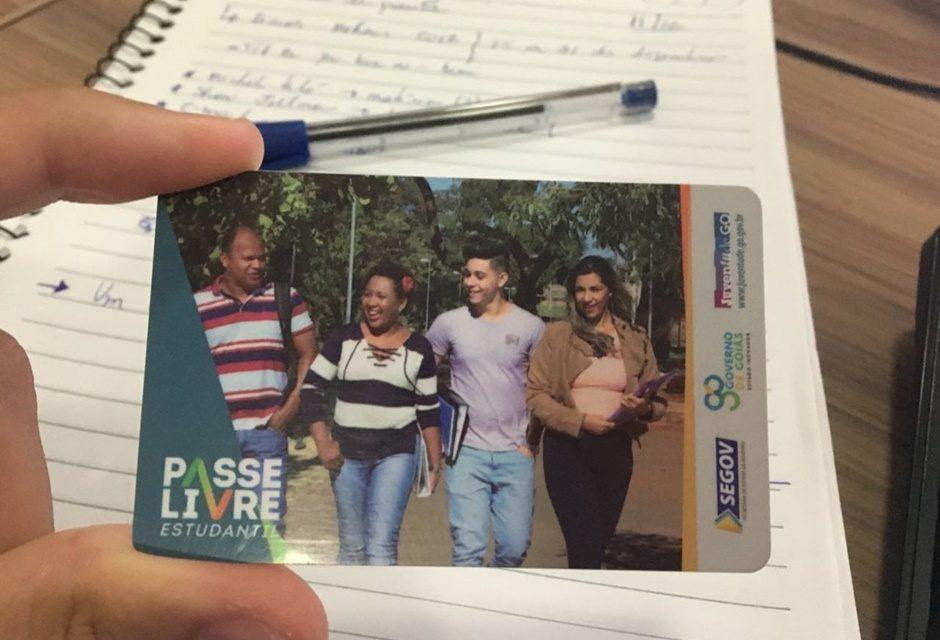 Governo de Goiás recua e PL que restringe o Passe Livre Estudantil é retirado