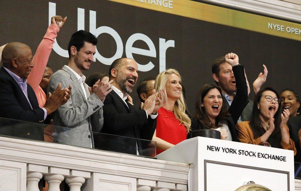Uber estreia na bolsa de NY com ações em queda