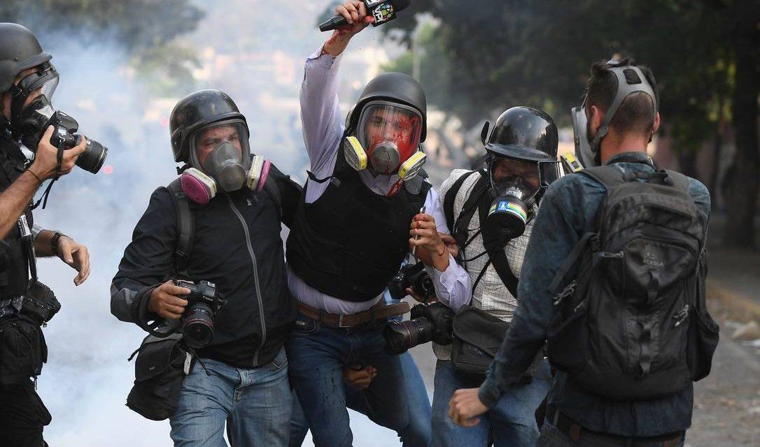 Confrontos na Venezuela deixaram 4 mortos e mais de 200 feridos em dois dias