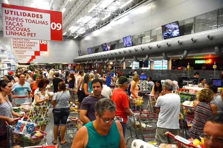 Inflação pelo IPC-S cai para 0,22% em maio