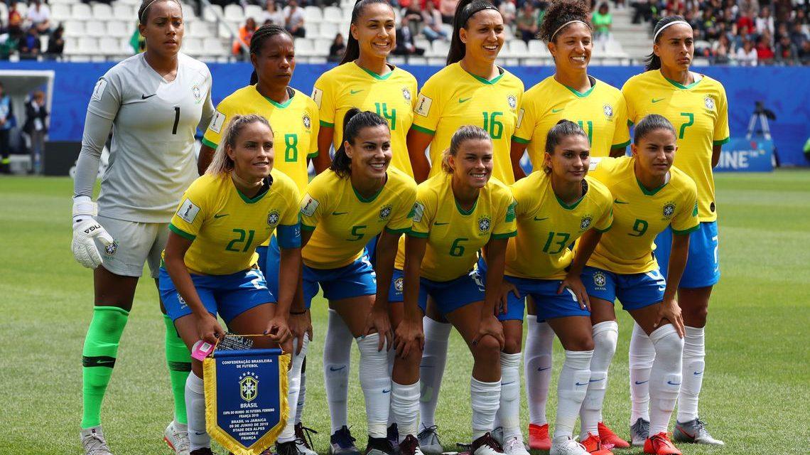 Seleção feminina encara hoje a Itália e busca classificação para as oitavas na Copa