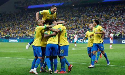 Brasil joga bem, anima a torcida e goleia o Peru
