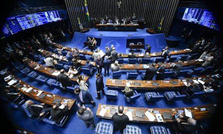 Senado derruba decreto de Bolsonaro sobre armas