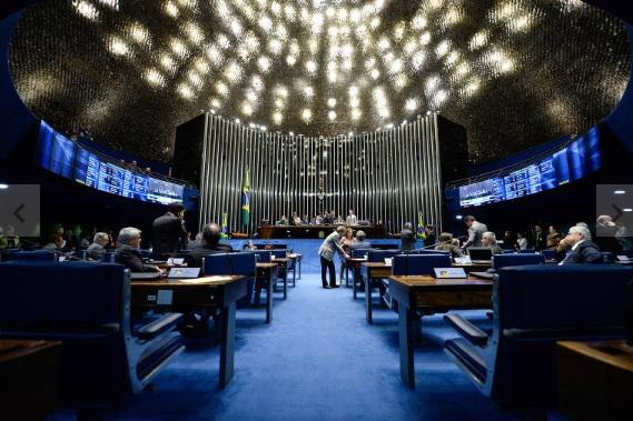 Senado aprova PL com punição para abuso de autoridade