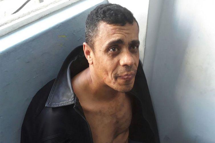 Inimputável, esfaqueador de Bolsonaro é absolvido e ficará internado