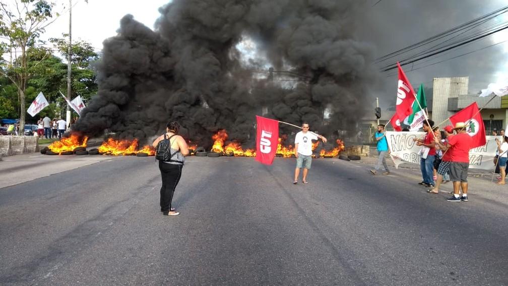Cidades brasileiras têm transporte público parcialmente parado e protestos nesta sexta-feira