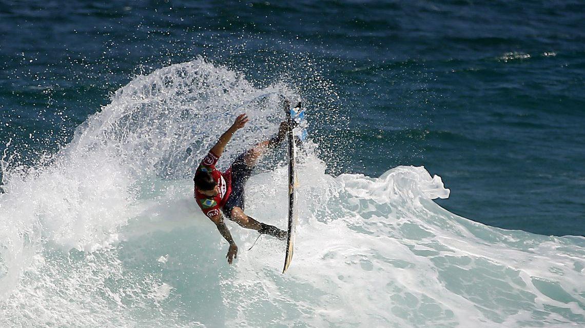 Brasil classifica oito atletas para as oitavas no Mundial de Surfe