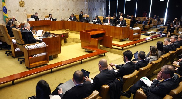 STF impede Bolsonaro de extinguir via decreto conselhos federais criados por lei