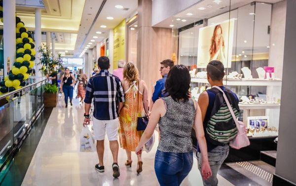 Liberação de trabalho aos domingos e feriados impacta principalmente o comércio