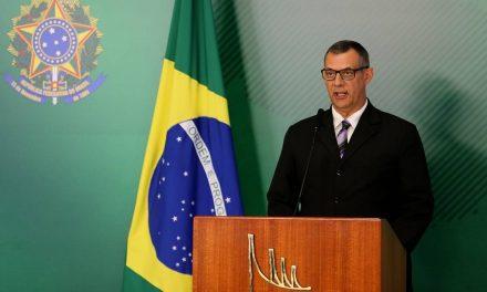 Governo não revogará decreto das armas, diz porta-voz de Bolsonaro