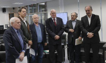 Ex-ministros dizem que governo Bolsonaro vê Educação como 'ameaça'
