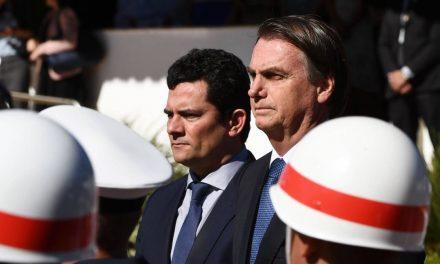 Após vazamento de conversas, Bolsonaro usará celular da Abin
