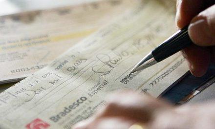 Juros do cheque especial subiram para 322,2% ao ano em junho