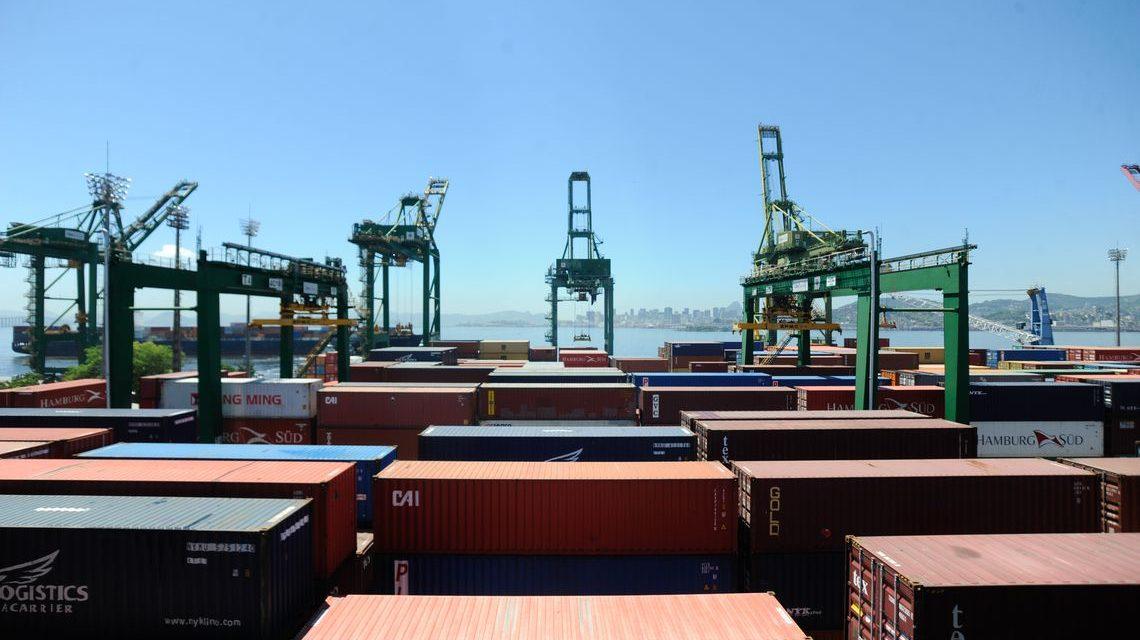 Queda de comércio com EUA afeta exportações brasileiras