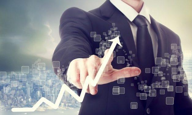 Confiança empresarial tem primeira alta desde janeiro, diz FGV
