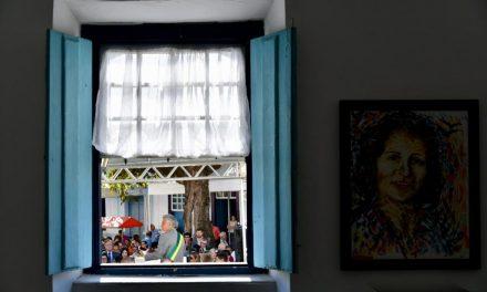 Transferência de capital é marcada por promessas sobre investimentos no turismo local